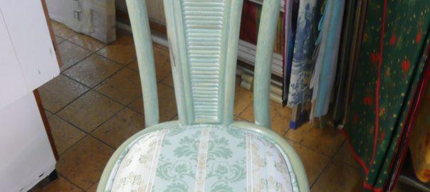 chaise verte eau