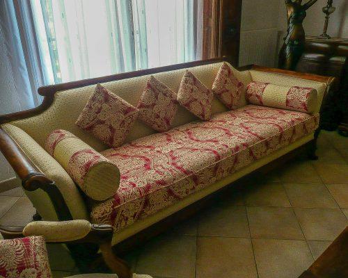 canapé après réféction avec coussins toile de jouy