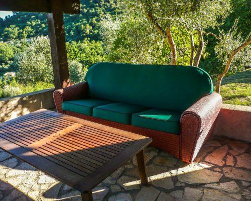 canapé vert extérieur